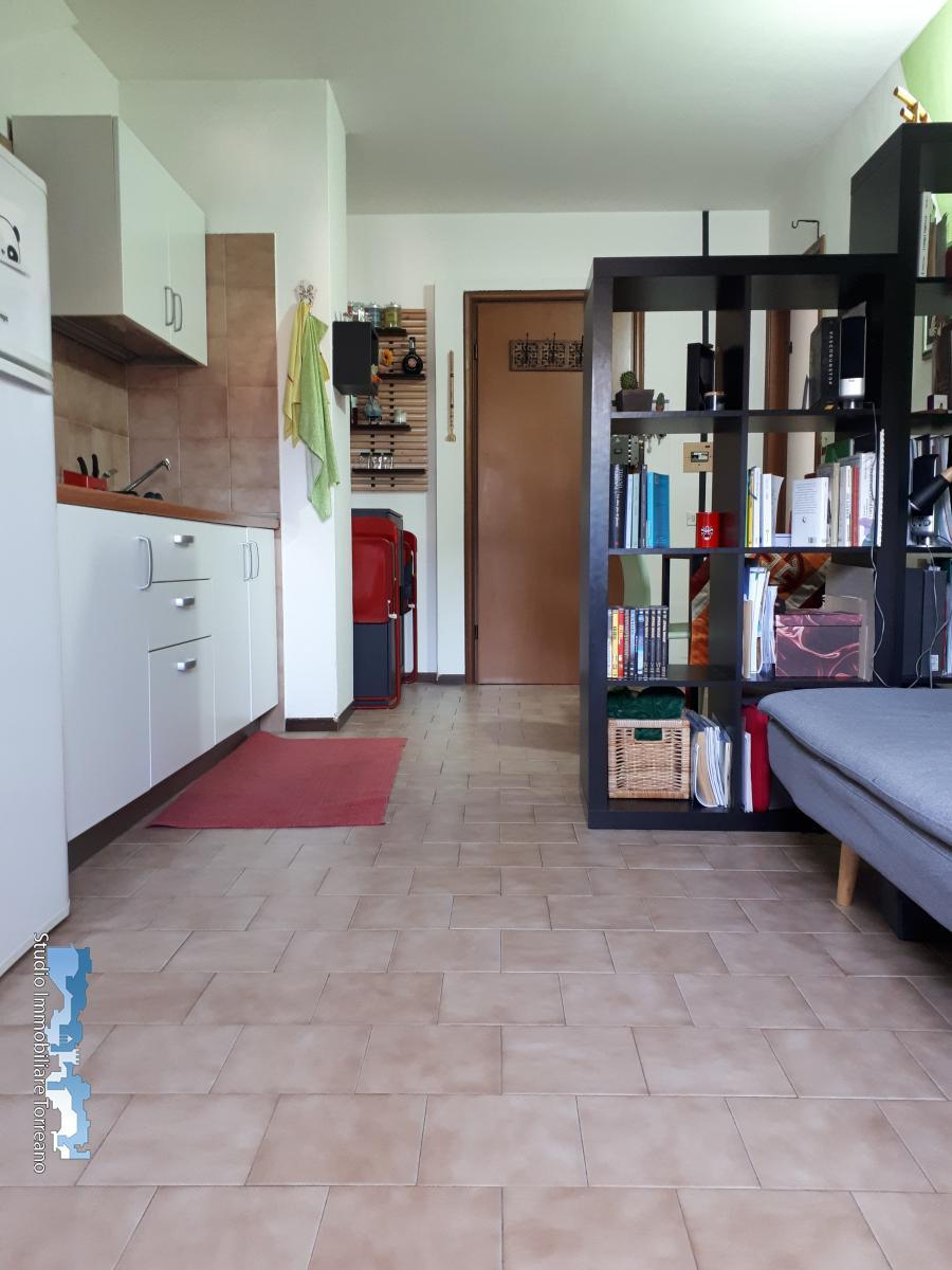 Appartamento in affitto a Ivrea, 2 locali, prezzo € 300 | CambioCasa.it