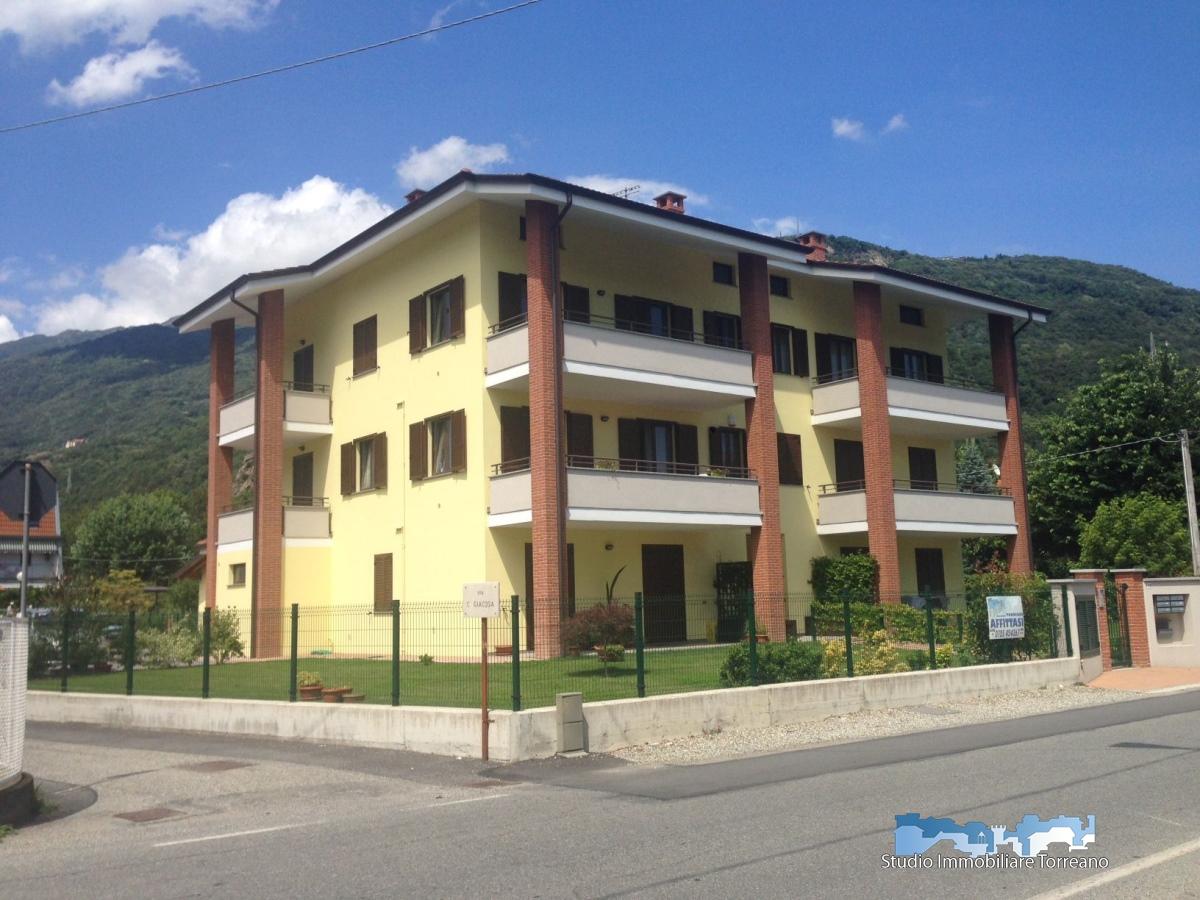 Appartamento in affitto a Borgofranco d'Ivrea, 4 locali, prezzo € 600 | PortaleAgenzieImmobiliari.it