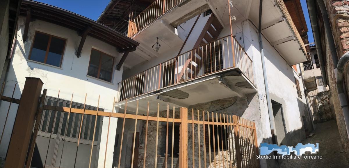 Soluzione Semindipendente in vendita a Lugnacco, 4 locali, prezzo € 29.000 | CambioCasa.it