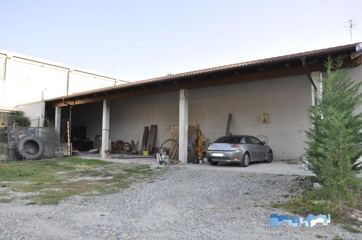 Box / Garage in affitto a Banchette, 1 locali, prezzo € 80 | CambioCasa.it