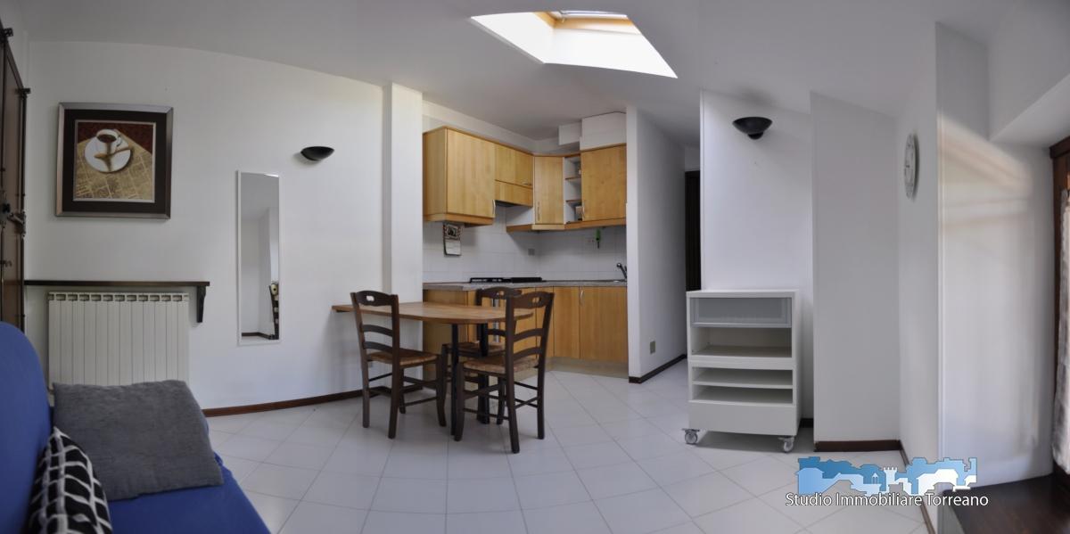 Appartamento in affitto a Ivrea, 2 locali, prezzo € 350 | PortaleAgenzieImmobiliari.it