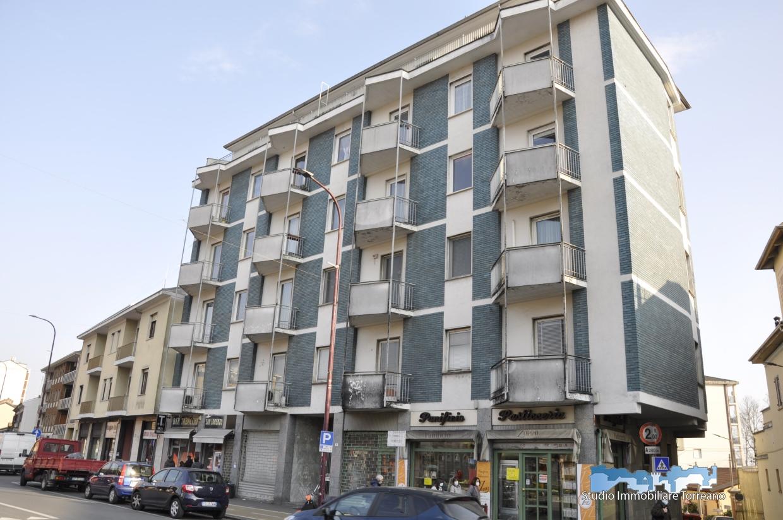 Appartamento in vendita a Ivrea, 5 locali, prezzo € 120.000 | PortaleAgenzieImmobiliari.it