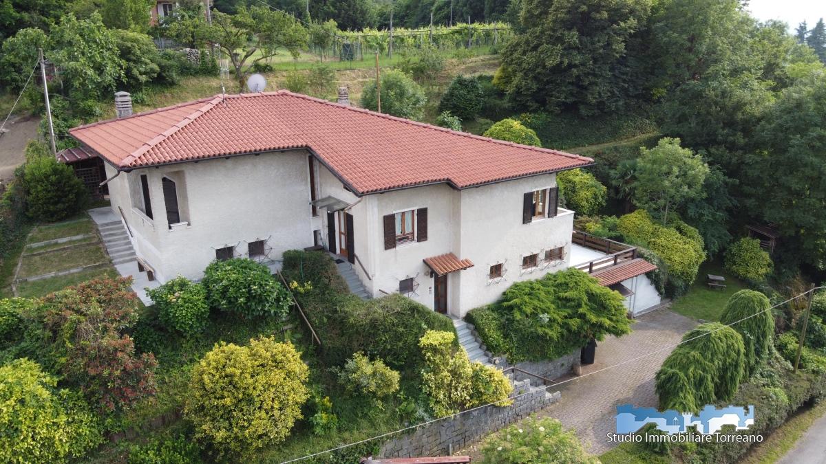 Villa in vendita a Pavone Canavese, 7 locali, Trattative riservate   PortaleAgenzieImmobiliari.it